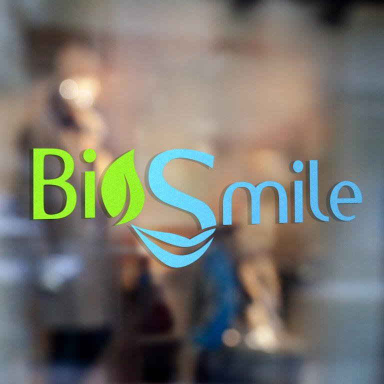 BioSmile00