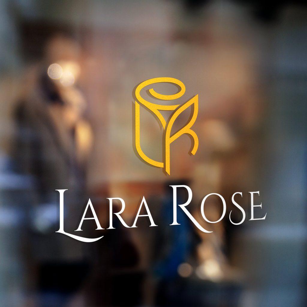 LaraRose14
